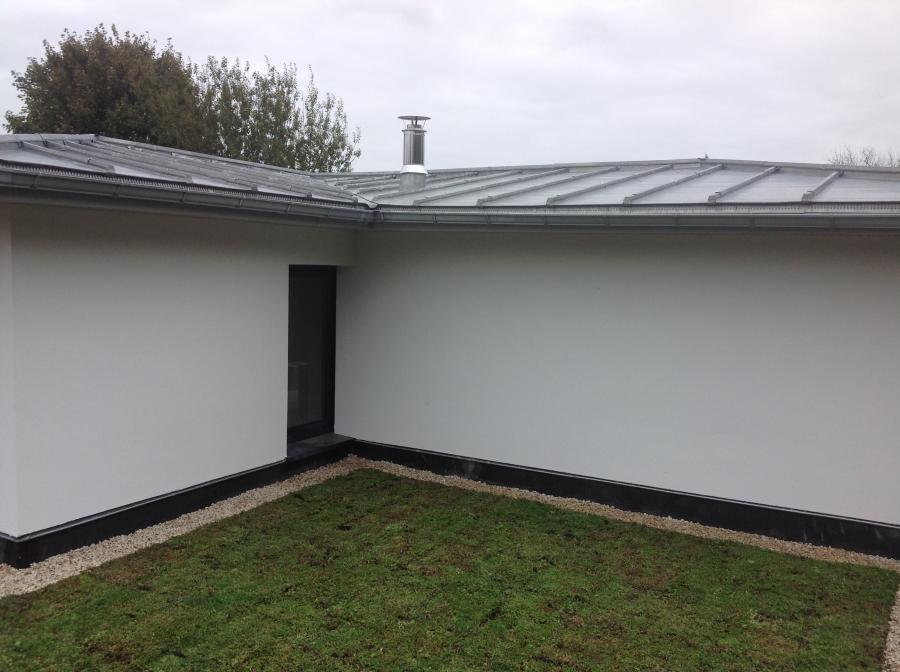 maison toit en zinc free maison toit plat zinc ille et vilaine vue avant with maison toit en. Black Bedroom Furniture Sets. Home Design Ideas